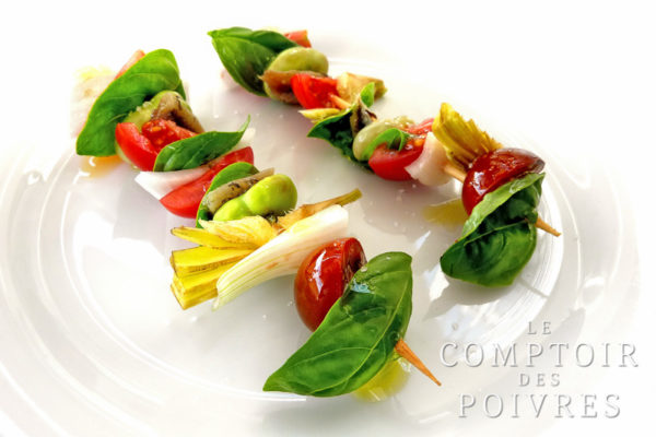 Salade niçoise en version brochette